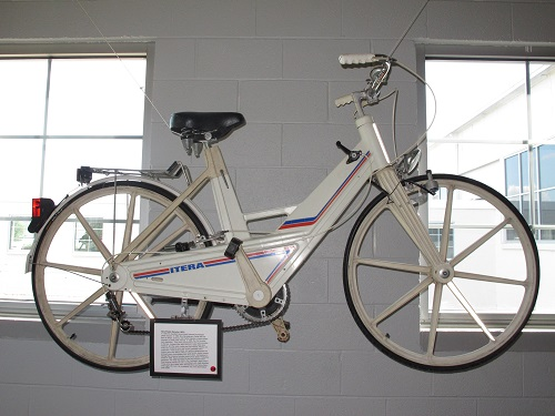 Itera Plastic Bicycle-1981