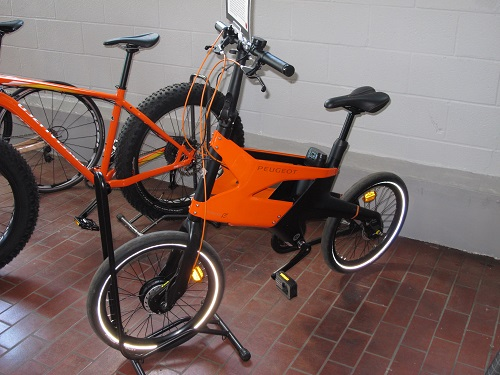 Peugeot AE21 Hybrid Electric Bike-2011